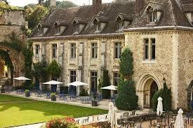 Abbaye des Vaux de Cernay 2.jpg