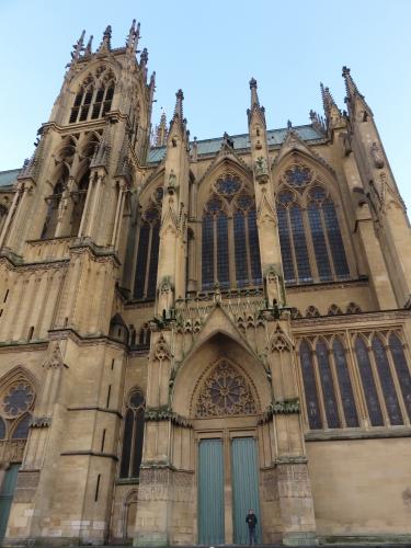 Metz Cathédrale de jour.jpg