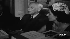 André Maurois et une jeune femme.jpg