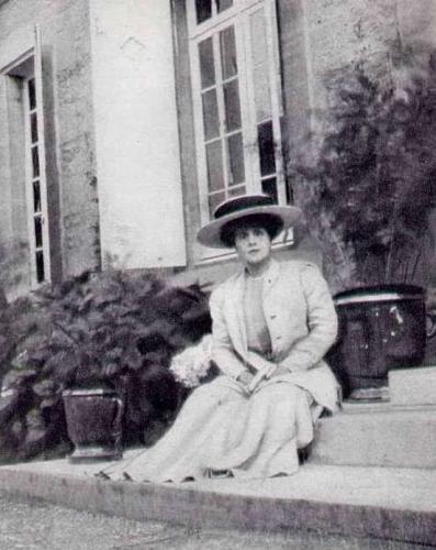 Jeanne Pouquet.jpg